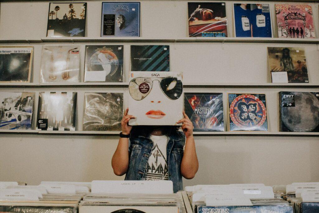 Record in record store